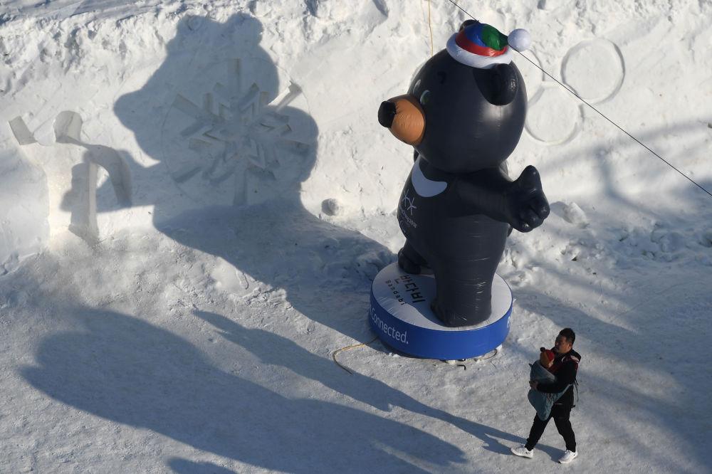 2018年冬季残奥会吉祥物充气雕像