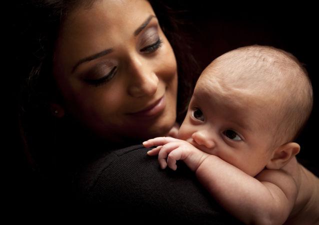 科学家讲述母乳喂养对母亲的新好处