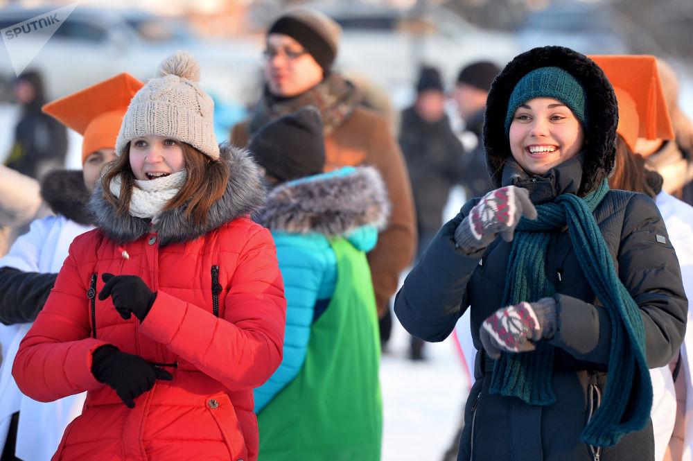 """喀山""""达吉亚娜杯""""大学生冰上运动竞赛"""