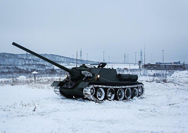 SU-100驅逐戰車
