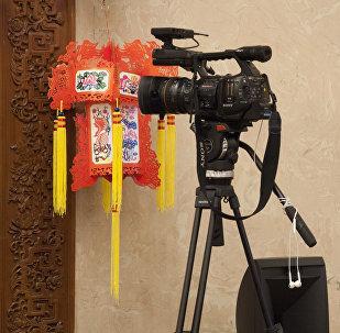 美国为什么能限制中国媒体的活动?