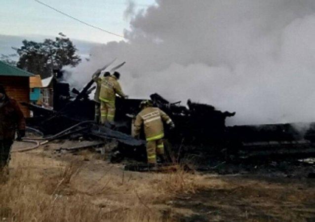 奧爾洪區胡日爾村旅遊營地發生火災