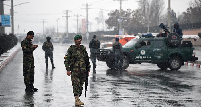 阿富汗宣布停火后塔利班两次袭击导致近40名军警丧生