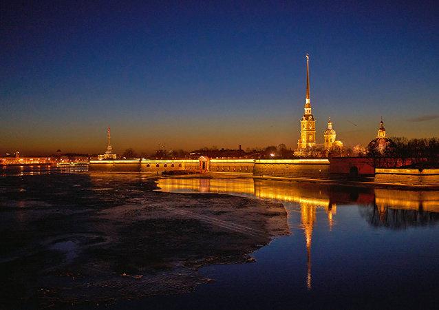 欢迎您来到圣彼得堡—俄罗斯的北方首都、2018年世界杯举办地!