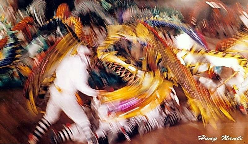「龍舞」攝於1993年。此照片獲美國