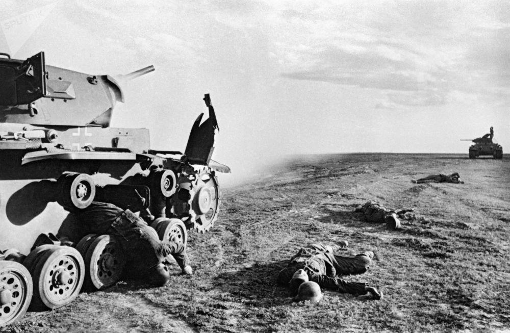 被击毁的德国中型坦克Pz.Kpfw. III