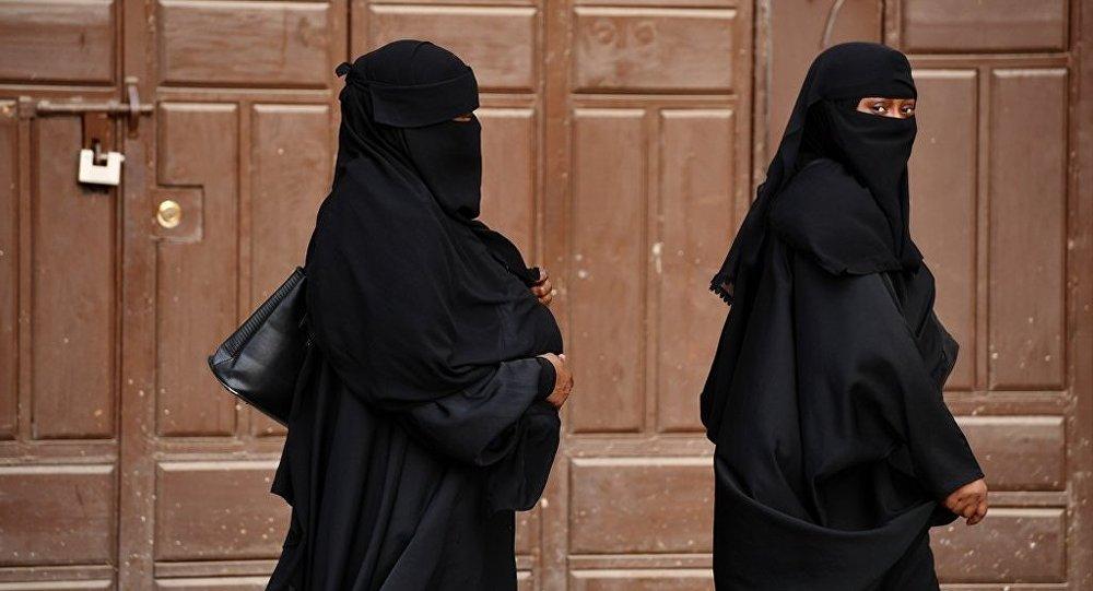沙特阿拉伯一男子因與女子共進早餐被捕