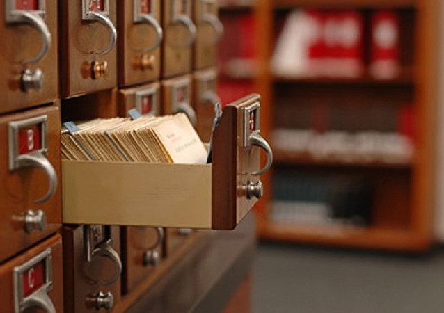 一位澳大利亚人偶然购买到藏有政府秘密文件的衣柜