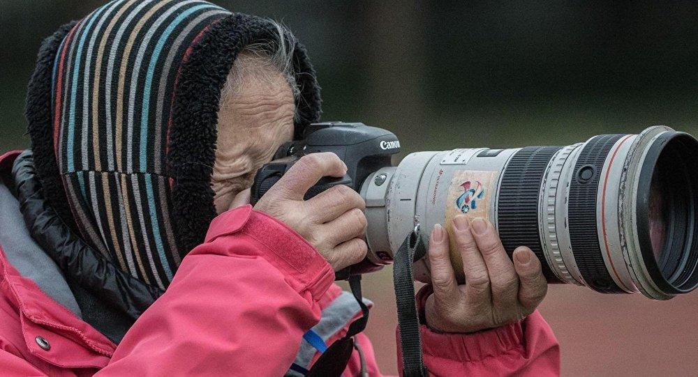 中國體壇元老級攝影師洪南麗