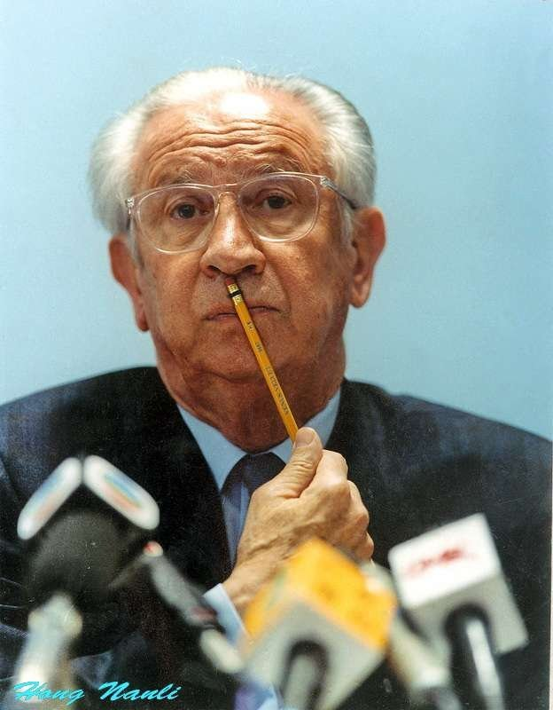 -「薩馬蘭奇在想甚麼?」    攝於1993年第一屆東亞運動會