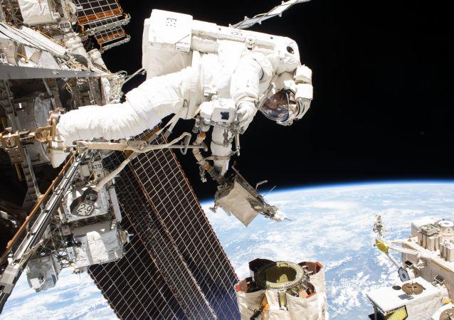 美国宇航员(资料图片)