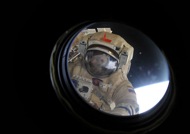 俄航天集团提议延长考察组在国际空间站的停留时间