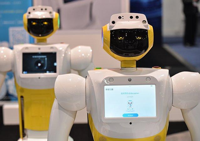 一台土耳其機器人因打斷部長講話而被重新進行編程設計
