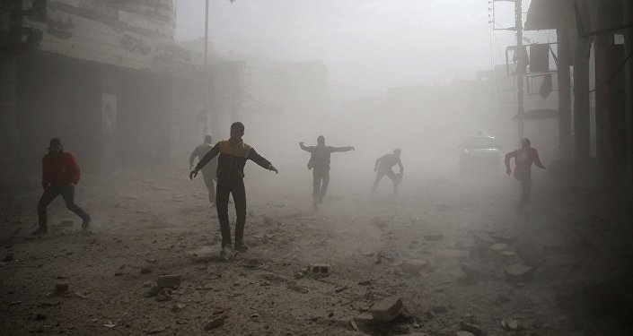 消息人士表示,敘利亞大馬士革總統區遭到炮擊,炮彈擊中俄羅斯商務代表處