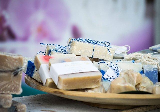 常用牙膏和肥皂等卫生用品可能引发肠癌