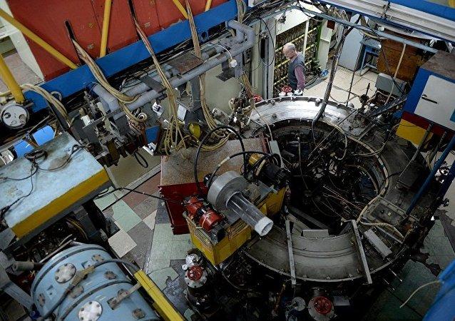 普京:大科学装置成为俄欧科学合作的中心