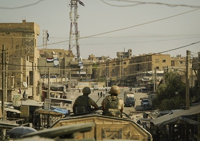 消息人士稱,敘利亞代爾祖爾省的美軍基地附近,武裝分子正在美情報部門的參與下策劃發動化武襲擊