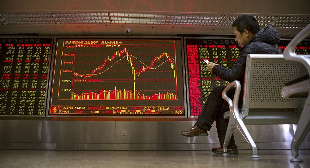 對中國明年經濟增速預期下調主要源於貿易擔憂