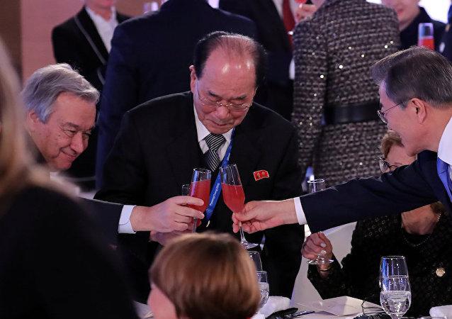 聯合國秘書長在冬奧會開幕式會見朝鮮名義元首金永南