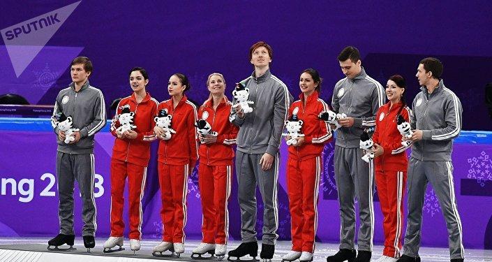 俄羅斯花滑隊在2018年冬奧會花滑團體賽中摘銀