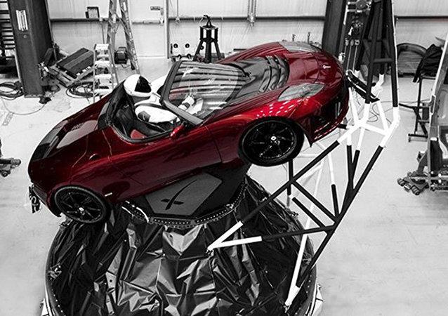 天文學家確定特斯拉跑車運動軌跡:真的在往火星飛!