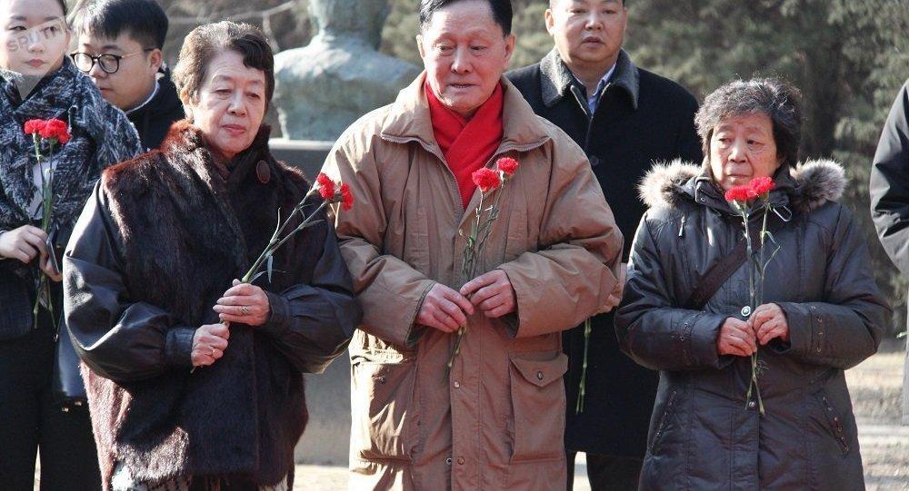 北京举行俄罗斯海外履职人员纪念日悼念活动