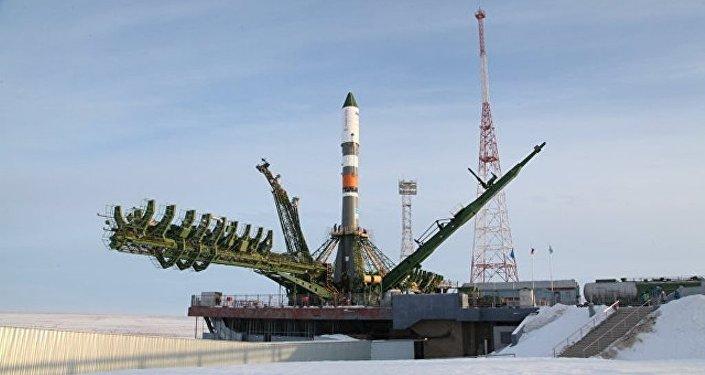 """搭载""""进步MS-08""""货运飞船的俄""""联盟-2.1A""""火箭从哈萨克斯坦拜科努尔航天发射场升空"""