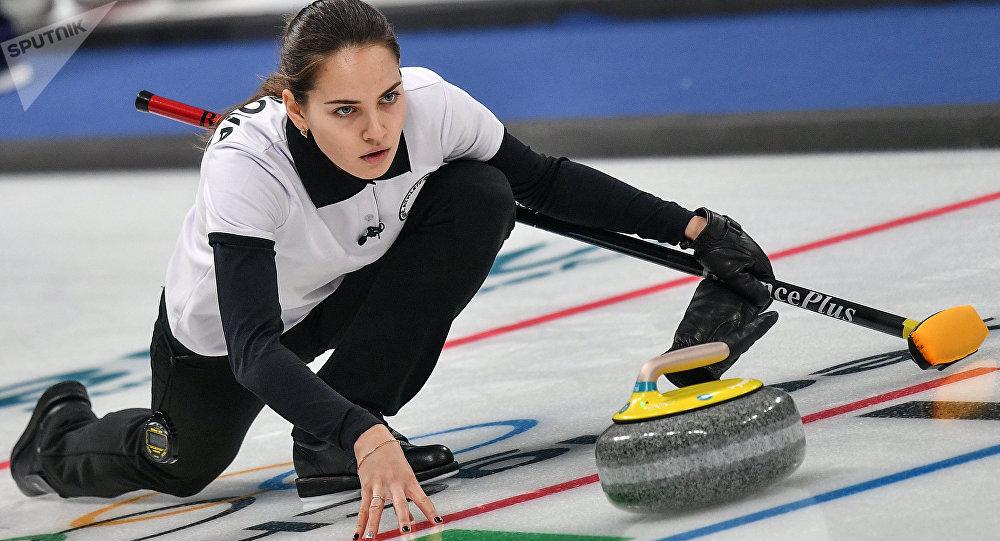外国粉丝称布雷兹加洛娃是史上最美冰壶运动员