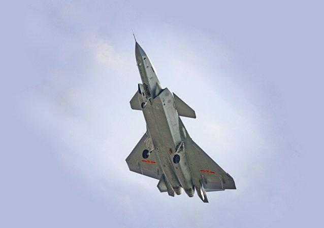 超材料:中国四代歼击机将成为隐形机