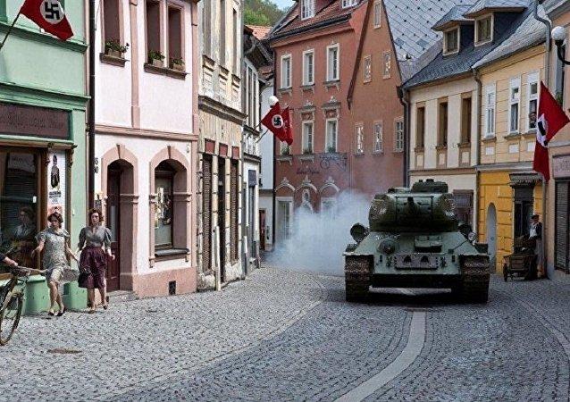 电影《T-34坦克》