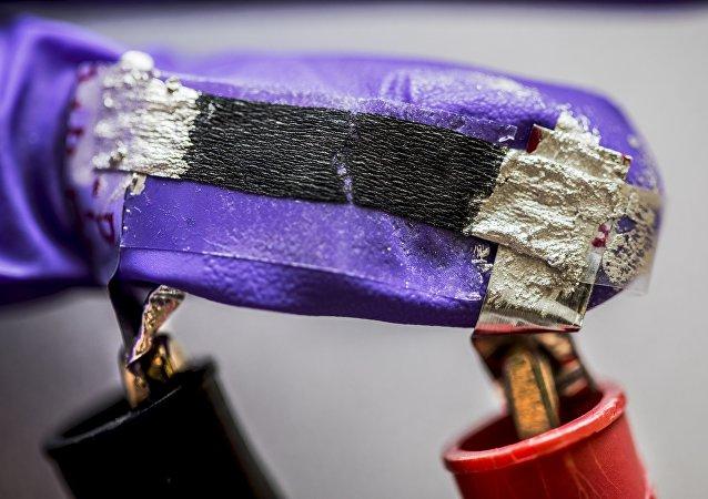 研究人员发明了一种可监测健康的智能餐巾