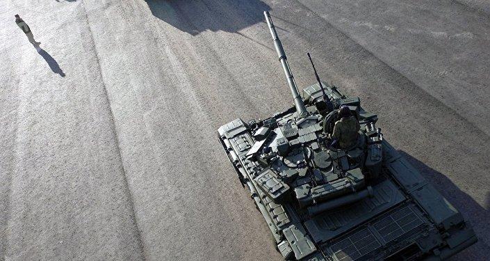 俄印今年或商定扩大T-90S坦克生产