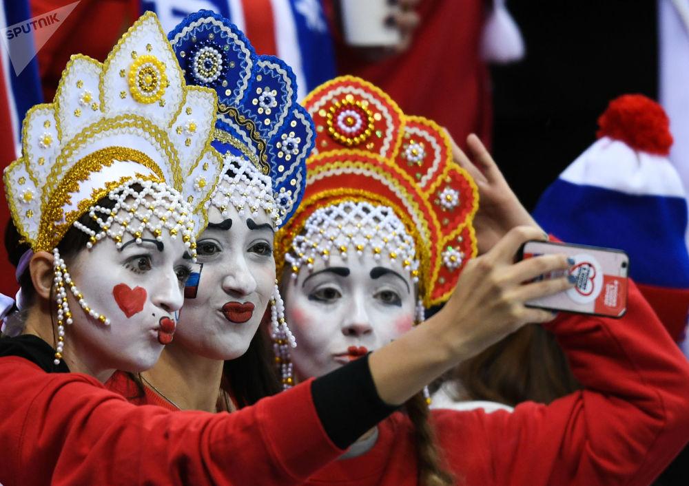 冬奥会上的俄罗斯美女啦啦队