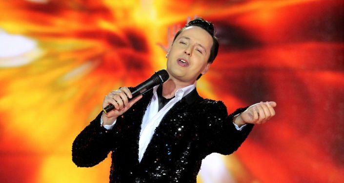 """俄""""海豚音王子""""歌手的蜡像将入住中国杜莎夫人蜡像馆"""