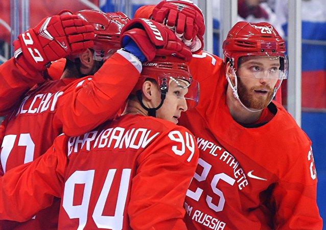 冬奥会男子冰球俄罗斯大败挪威杀入半决赛