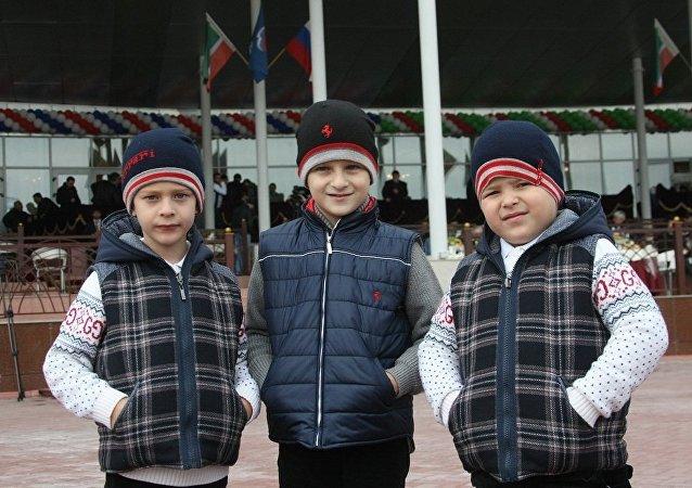 俄罗斯车臣共和国领导人拉姆赞•卡德罗夫的儿子们
