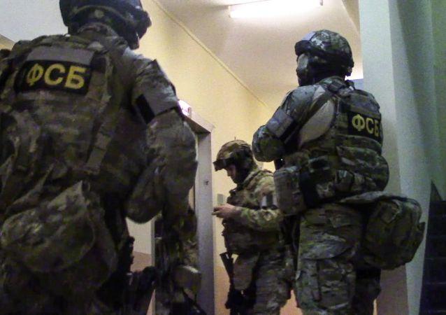 俄联邦安全局在萨拉托夫州阻止了一起由隐秘的恐怖组织分部成员策划的恐怖袭击