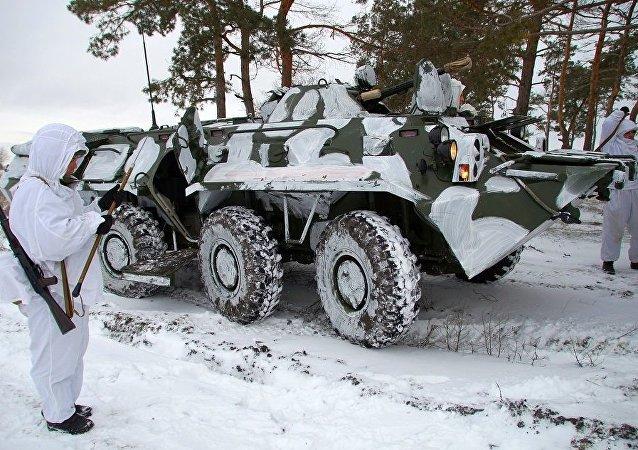 裝甲人員輸送車