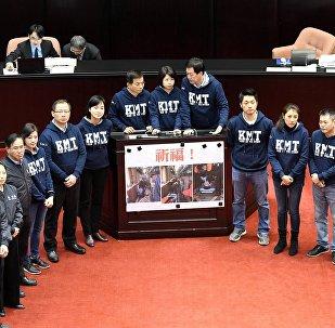 蔡英文經受台灣退伍軍人的抗議考驗