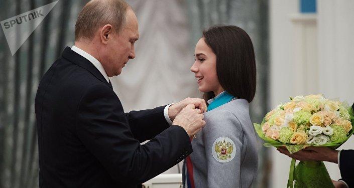 冬奥花滑冠军:普京若想滑冰,我就给他办个培训班