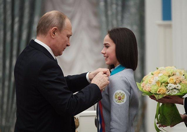 冬奧花滑冠軍:普京若想滑冰,我就給他辦個培訓班