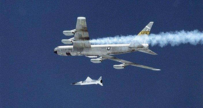 Американский экспериментальный гиперзвуковой  летательный аппарат X-43