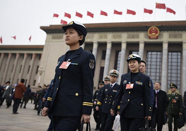 人大新闻发言人:中国绝不会将其发展模式强加于他国