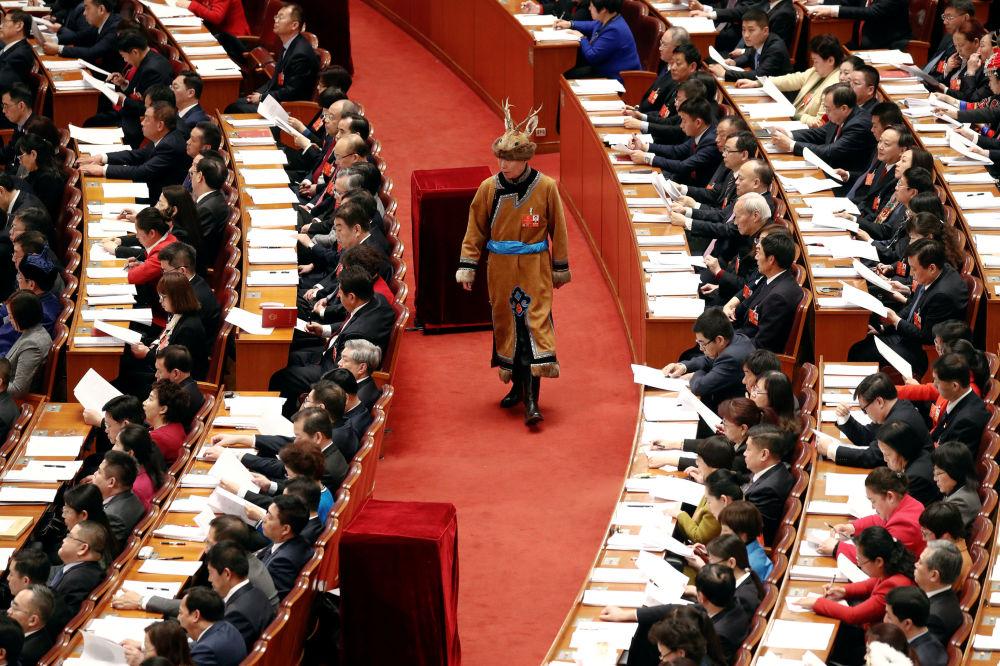 中国第十三届全国人民代表大会第一次会议开幕会上的少数民族代表