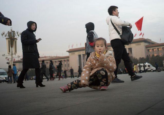 民调: 大多数俄罗斯人认为今天的中国更符合马克思主义思想