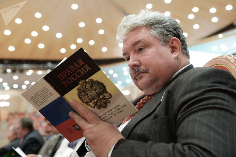 俄羅斯全民聯盟黨候選人謝爾蓋·巴布林