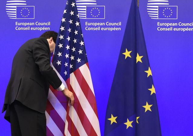 普京:那些在美国压力下对俄采取措施的人现在可以切身感受到这些措施