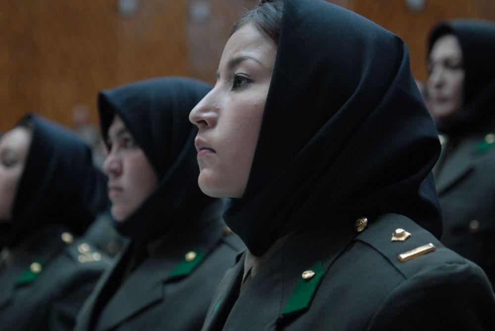 阿富汗女兵毕业生