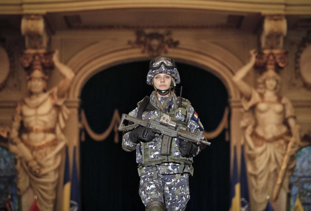 罗马尼亚女兵