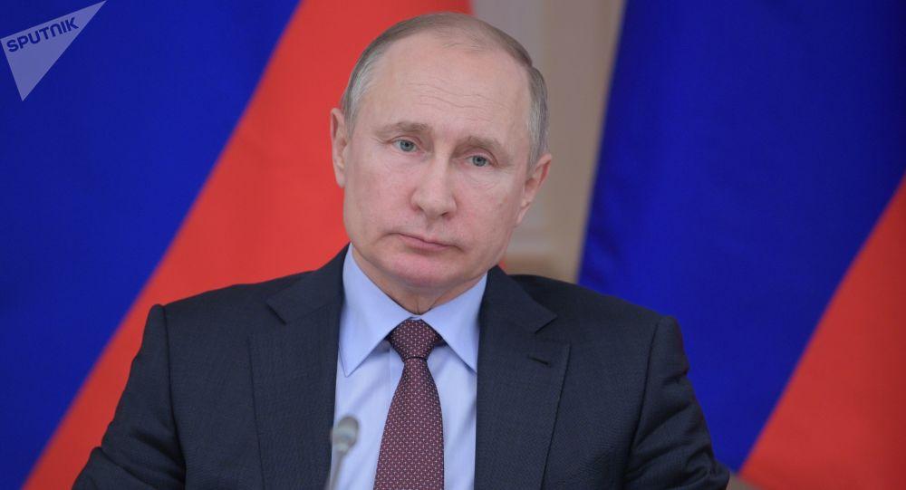 俄总统普京表示,当前的世界局势不能不令人担忧